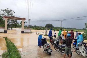 Hà Tĩnh: Nhiều địa phương bị chia cắt cục bộ do mưa lũ