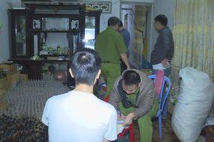 Đắk Lắk: Phát hiện cơ sở sản xuất mỹ phẩm, rượu từ dược thảo chưa có phép