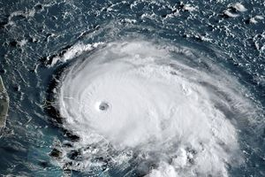 Mỹ hủy 1.500 chuyến bay tại Florida do siêu bão Dorian