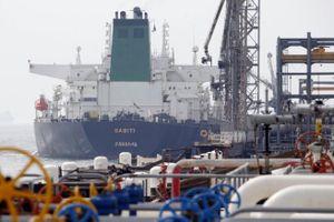 Iran đòi 15 tỷ USD tiền bán dầu để trở lại thỏa thuận hạt nhân