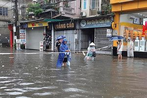 Đối phó với áp thấp nhiệt đới, mưa lớn và gió mạnh trên biển