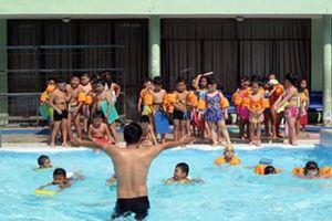 Triển khai chương trình phổ cập bơi, phòng chống đuối nước cho học sinh