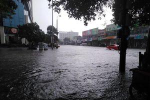 Nhiều nơi tại Nghệ An ngập lụt, có thể lùi thời gian khai giảng năm học