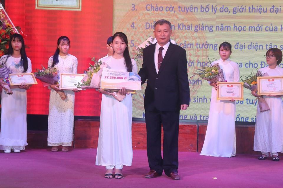 Trường ĐH Sư phạm (ĐH Đà Nẵng) khai giảng năm học mới