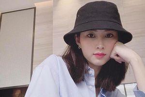 Hoa hậu Đặng Thu Thảo gây chú ý với gương mặt khác lạ