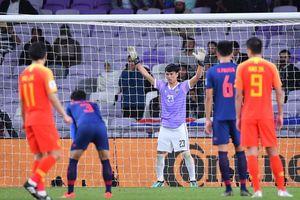 Tuyển Thái Lan chọn đội trưởng mới, thủ môn Kawin gần như mất suất bắt chính