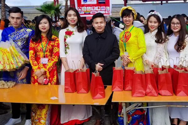 Tết Việt Osaka - sự kiện được người Việt chờ đón ở Nhật