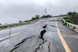Gia Lai: Đường tránh gần 250 tỉ đồng nứt toác sau cơn mưa lớn