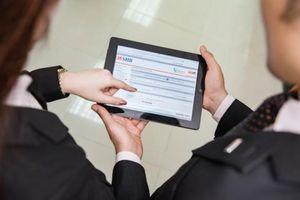 Ứng dụng công nghệ mới, ngân hàng làm thế nào để bảo vệ khách hàng?