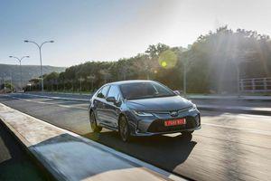 Toyota nâng cấp Altis 2020, giá từ 620 triệu đồng