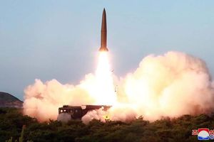 Nhật Bản: Các vụ phóng của Triều Tiên sử dụng 2 loại tên lửa mới