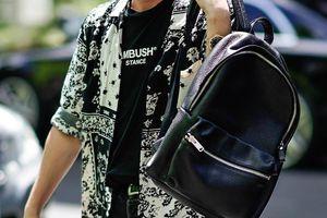 Ngoài balo, nam sinh nên mua kiểu túi nào cho năm học mới?
