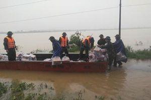 Hà Tĩnh: Hơn 700 cán bộ, chiến sĩ, dân quân tự vệ tham gia ứng phó với mưa lũ tại huyện Hương Khê