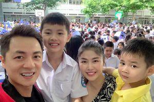 Sao Việt hồ hởi 'hộ tống' con tới trường trong ngày khai giảng