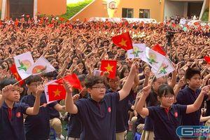 Lễ khai giảng không bóng bay trường Marie Curie do học trò lớp 6 truyền cảm hứng