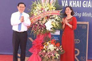 Phó Thủ tướng Vương Đình Huệ dự lễ khai giảng năm học mới tại Thái Bình