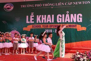 Trường phổ thông liên cấp Newton Hà Nội tổ chức khai giảng vui tươi, nhộn nhịp