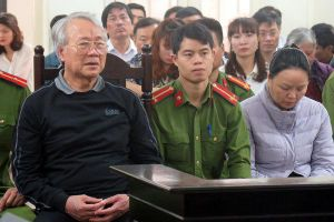 Hơn trăm người khốn khổ vì mua nhà trên giấy ở Hà Nội