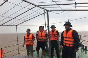 Tàu cá Nghệ An bị nhấn chìm trên biển, 1 người chết, 5 người mất tích