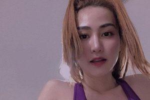 Ngân Khánh khoe mặt mộc xinh xắn body 'cực phẩm'