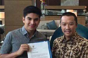 CĐV gây rối, Bộ trưởng Thanh niên và Thể thao Indonesia tới tận nơi gửi thư xin lỗi Malaysia