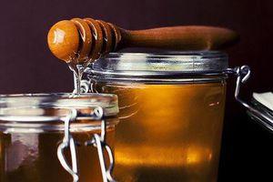 Vì sao tuyệt đối không nên bảo quản mật ong trong tủ lạnh?