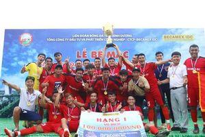 CLB Hoàng Gia đăng quang giải bóng đá TP Mới Bình Dương - Cúp Becamex IDC 2019