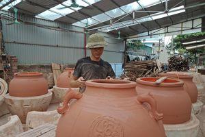 Ghé thăm làng gốm truyền thống Vĩnh Hồng