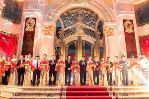 Khai trương trung tâm vàng bạc đá quý lớn nhất Việt Nam