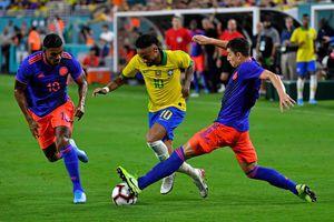 Neymar trở lại cứu tuyển Brazil thoát thua trước Colombia