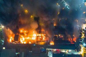 Hơn 1 tuần sau đám cháy, Công ty Rạng Đông mới lên tiếng xin lỗi, thừa nhận gây ô nhiễm