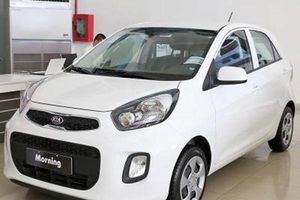 Xe nhỏ giá rẻ: Chọn Hyundai i10, KIA Morning hay Toyota Wigo?