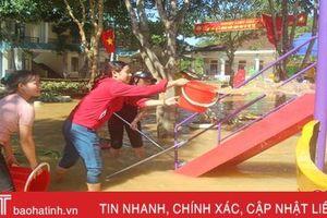 Nước lũ rút đến đâu, Vũ Quang tập trung khắc phục đến đó