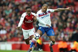 Arsenal muốn tái ký hợp đồng nhưng lo ngại 'tuổi thọ phong độ' của Aubameyang