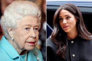 Meghan Markle gây sốc khi 'hắt hủi' Nữ hoàng Anh, tiếp tục tỏ thái độ chảnh chọe, kiêu ngạo khi từ chối lời mời của người đứng đầu hoàng gia