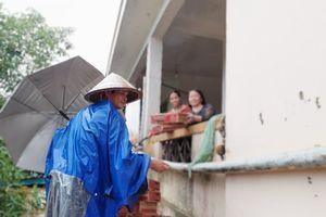 4 người chết vì mưa lũ, hàng ngàn ngôi nhà đang ngập chìm trong nước