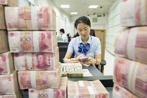 Bắc Kinh bơm 900 tỷ NDT để cứu nền kinh tế
