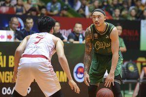 Nhìn lại cú dứt điểm cuối cùng của Đinh Thanh Tâm, Saigon Heat cần tìm ra phương án kèm người hợp lý ở game 2