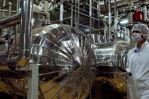Iran tiếp tục từ bỏ các cam kết hạt nhân