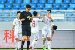 U22 Việt Nam gây sốt, đánh bại U22 Trung Quốc ngay trên sân khách