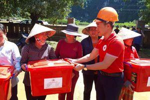 Hội Chữ thập đỏ Việt Nam hỗ trợ người dân miền Trung bị thiệt hại bởi mưa lũ
