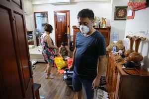 Chung cư đìu hiu sau vụ cháy Rạng Đông, nhiều gia đình phải thuê nhà nơi khác tá túc giá 600 ngàn đồng