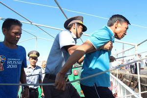 41 ngư dân lênh đênh hơn một ngày ở Trường Sa được đưa vào bờ an toàn