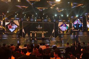 'Ký ức vui vẻ', 'Về nhà đi con' xuất sắc giành cúp tại VTV Awards 2019