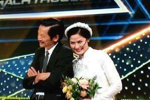 Ông Sơn 'Về nhà đi con' cưới cô Hạnh bán hoa trên sân khấu VTV Awards 2019