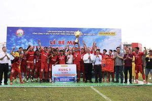 CLB Hoàng Gia vô địch Giải bóng đá TP Mới Bình Dương 2019