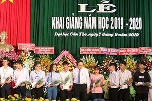 Chủ tịch Ủy ban Trung ương MTTQ dự Lễ khai giảng tại ĐH Cần Thơ