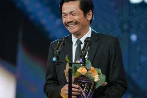 VTV Awards 2019: Giành giải 'Diễn viên nam ấn tượng', NSND Trung Anh cảm thấy tiếc cho Hồng Đăng