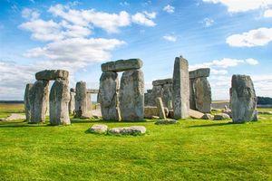 Bất ngờ cách người xưa vận chuyển những phiến đá khổng lồ