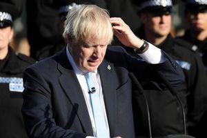 Thủ tướng Anh trong 'tâm bão' Brexit